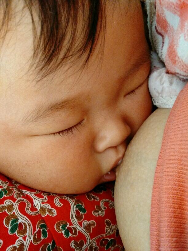 可爱宝贝睡好觉